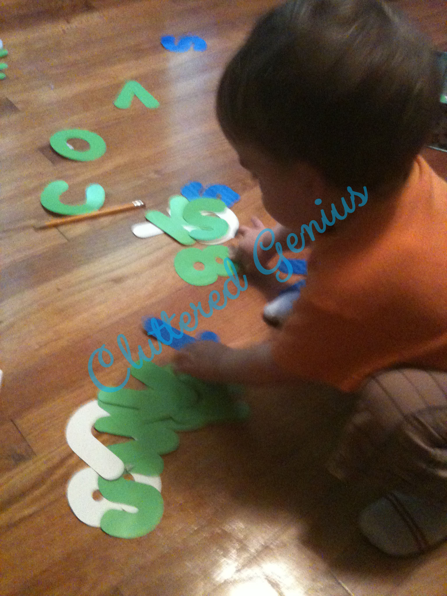 Wordless Wednesday – Keeping the Toddler Entertained #iPPP