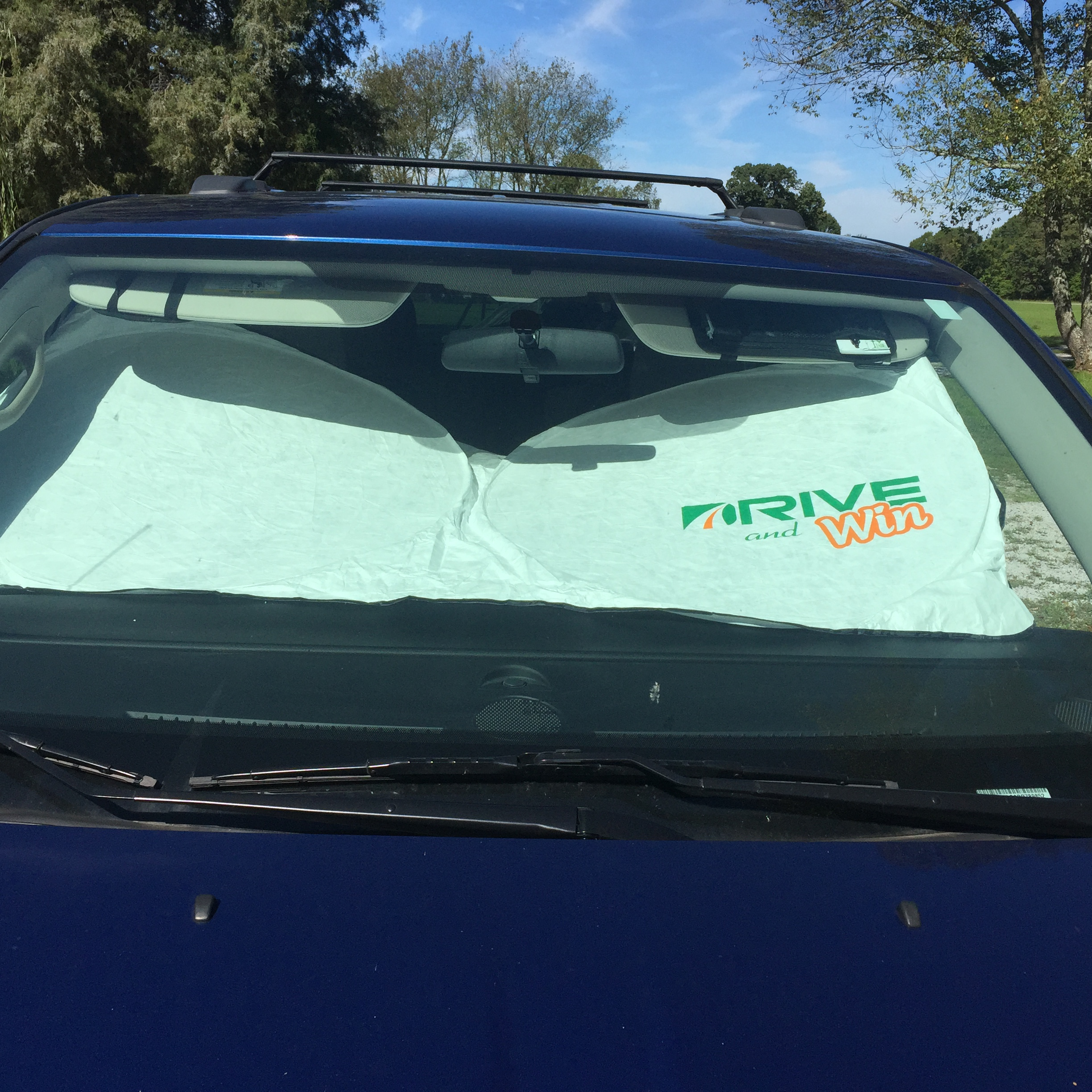 Car Windshield Sunshade with DuPont Tyvek (Review)