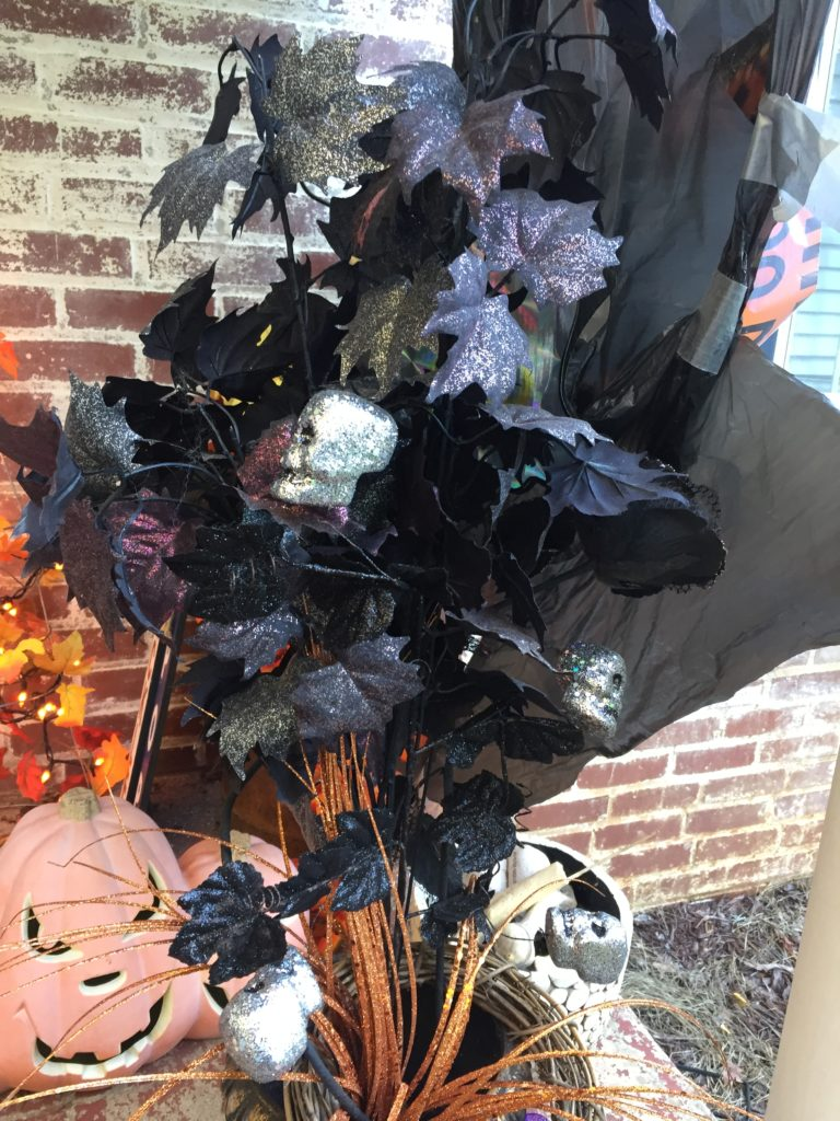 halloween-porch-pot