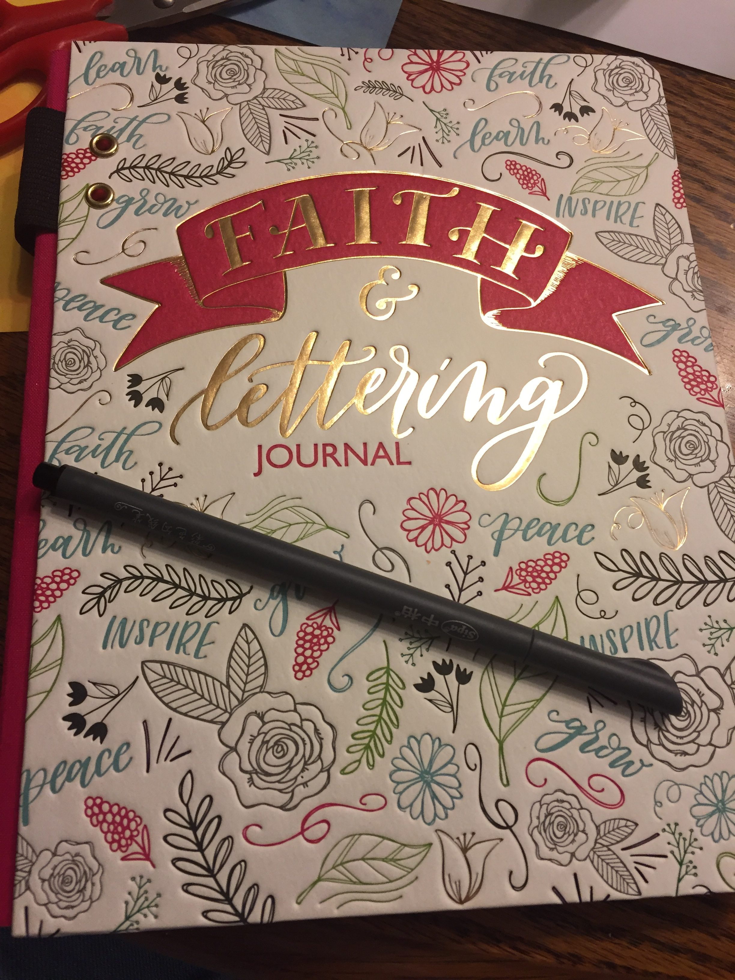 Ellie Claire Art Journals (A Review)